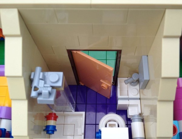 LegoGenre: The Simpsons House Bathroom Review (71006)